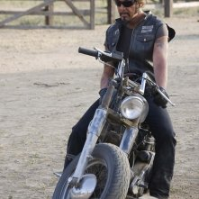 Larry Bishop, regista di Hell Ride, interpreta il Pistolero
