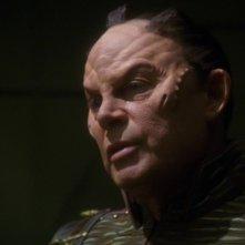 Randy Oglesby è Degra, lo Xindi responsabile della costruzione dell'arma che minaccia di distruggere la Terra nella terza stagione di Enterprise, episodio: Azati primo