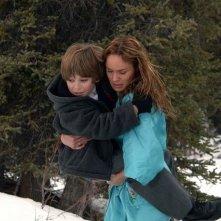 Blake Woodruff e Sarah Wayne Callies in una scena del film Whisper - Il respiro del diavolo
