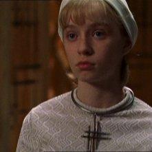 Brittney Irvin nel ruolo della giovane scienziata Merrin nell'episodio 'Curva di apprendimento' della serie Stargate SG-1