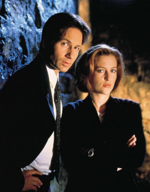 David Duchovny e Gillian Anderson sono Fox Mulder e Dana Scully in X-Files