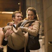 Hayden Christensen e Jessica Alba in una scena del film Presunta innocenza