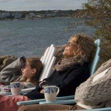 Jordan Schechter, Meg Ryan e Candice Bergen in una scena del film The Women