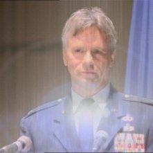 O'Neill, interpretato da Richard Dean Anderson, viene smaterializzato dal teletrasporto degli Asgard nell'episodio 'Bersaglio facile' della serie Stargate SG-1