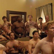 Ragazzi nudi in una scena del film The Ten
