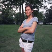 La regista Nanette Burstein sul set del documentario American Teen