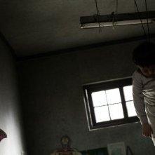 Un'immagine inquietante del film Black House