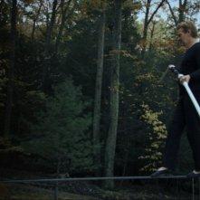 Philippe Petit in un'immagine tratta dal documentario Man on Wire diretto da James Marsh