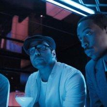 Geoff Bell, Jeremy Piven e Ludacris in una scena del film RocknRolla