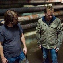 Il regista Alexandre Aja e Kiefer Sutherland sul set del film Riflessi di paura
