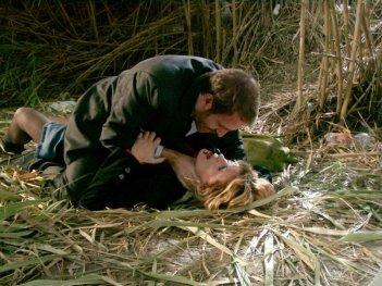 Valerio Mastandrea e Isabella Ferrari in una scena del film Un giorno perfetto