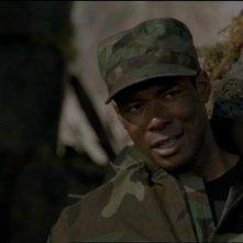 Dion Johnstone nel ruolo del Tenente Tyler, il 'nuovo' membro dell'SG-1 nell'episodio 'Il quinto uomo' della serie Stargate SG-1