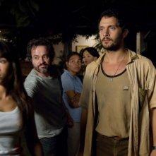 Leonardo Medeiros e Claudio Santamaria in una sequenza del film La terra degli uomini rossi - Birdwatchers