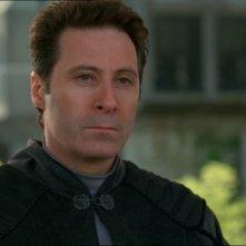 Narim, interpretato da Garwin Sanford, mette in allarme l'SG-1 su un pericolo che incombe sulla Terra nell'episodio 'Tra due fuochi' della serie Stargate SG-1