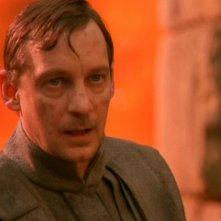 Robin Mossley nel ruolo dello scienziato alieno Malikai, responsabile dell'anello temporale che intrappola la Terra e altri pianeti nell'episodio 'Inversione temporale' di Stargate SG-1