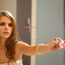 Sarah Michelle Gellar interpreta Sorrow nel film The Air I Breathe