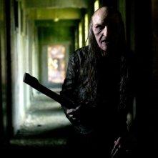 Toby Sedgwick in una scena dell'horror Shrooms - Trip senza ritorno