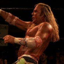 Mickey Rourke in una scena del film The Wrestler