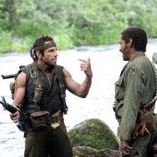 Ben Stiller e Robert Downey Jr. in una sequenza del film Tropic Thunder