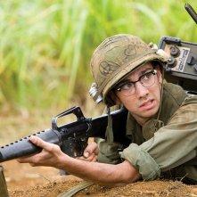 Jay Baruchel in una sequenza del film Tropic Thunder