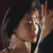 Lika Minamoto in una scena del film Inju, la bête dans l'ombre