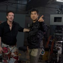 Lo scrittore Cliver Barker e il regista Ryuhei Kitamura sul set del film The Midnight Meat Train