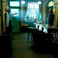 Alan Rickman in una scena del film Bottle Shock