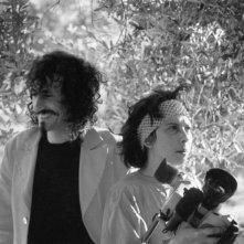 Flavia Mastrella e Antonio Rezza sul set del documentario Il passato è il mio bastone