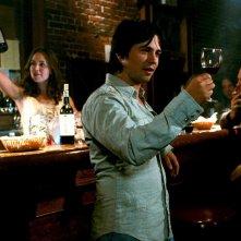 Freddy Rodriguez in una scena del film Bottle Shock