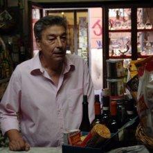 Gianni Di Gregorio in una scena del film Pranzo di Ferragosto