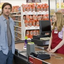 Luke WIlson e Rachel Seiferth in una sequenza del film Henry Poole is Here