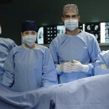 Marco Basile, Daniela Scarlatti e Sergio Múñiz in un'immagine promozionale di Terapia d'urgenza