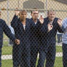 Da sinistra: Rockmond Dunbar, Amaury Nolasco, Robert Knepper, Muse Watson e Wentworth Miller nell'episodio 'La fine del tunnel' della serie Prison Break