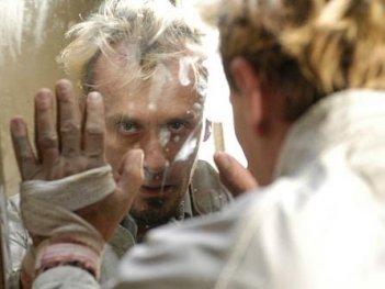 Robert Knepper nel ruolo del viscido e inquietante T-Bag nella serie Prison Break, episodio: La sfida continua