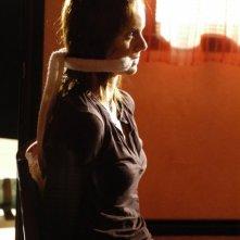 Sarah Wayne Callies intepreta Sara Tancredi, qui in una scena drammatica dell'episodio 'Tortura' della serie Prison Break