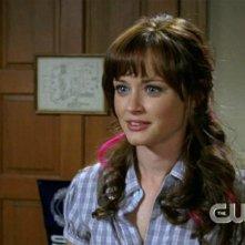 Alexis Bledel è la giovane Rory Gilmore nella serie tv Una mamma per amica, episodio: Nulla è cambiato