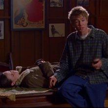 Chad Michael Murray insieme a Alexis Bledel mentre provano una scena di Rome e Giulietta nell'episodio 'Rischi d'Amore' della serie Una mamma per amica