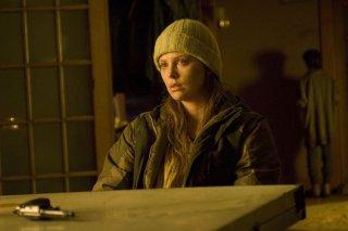 Charlize Theron in una scena del film The Road