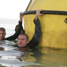 Dominic Purcell e Wentworth Miller in un momento dell'episodio 'Hell or High Water' della serie tv Prison Break