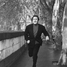 Domenico Modugno in una scena del film Tutto è musica