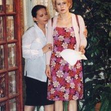 Paola Rinaldi e Carmen Scivittaro sul set della soap Un posto al Sole