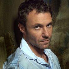 Chris Vance, nel ruolo di James Whistle, un uomo misterioso incontrato da Michael nella prigione di Sona all'inizio della terza stagione