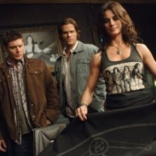 Jensen Ackles, Traci Dinwiddie e Jared Padalecki nell'episodio 'Lazarus rising' della serie tv Supernatural