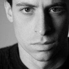 Un ritratto in bianco e nero di Antonio Fesce