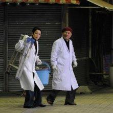 Kanako Higuchi e Takeshi Kitano in una scena di Achilles and the Tortoise, presentato a Venezia 2008