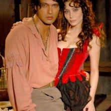Gabriel Garko e Isabella Orsini in un'immagine promo della fiction Il sangue e la rosa