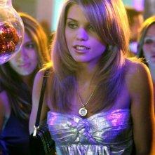 AnnaLynne McCord in una scena del pilota della serie 90210