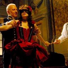Franco Castellano e Isabella orsini in una sensuale sequenza de Il sangue e la rosa