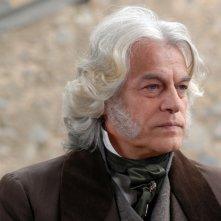 Gerardo Amato interpreta il Barone Forleis nella miniserie Il sangue e la rosa, prodotta da Mediaset