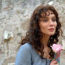 Isabella Orsini in una sequenza della fiction di Canale 5 Il sangue e la rosa
